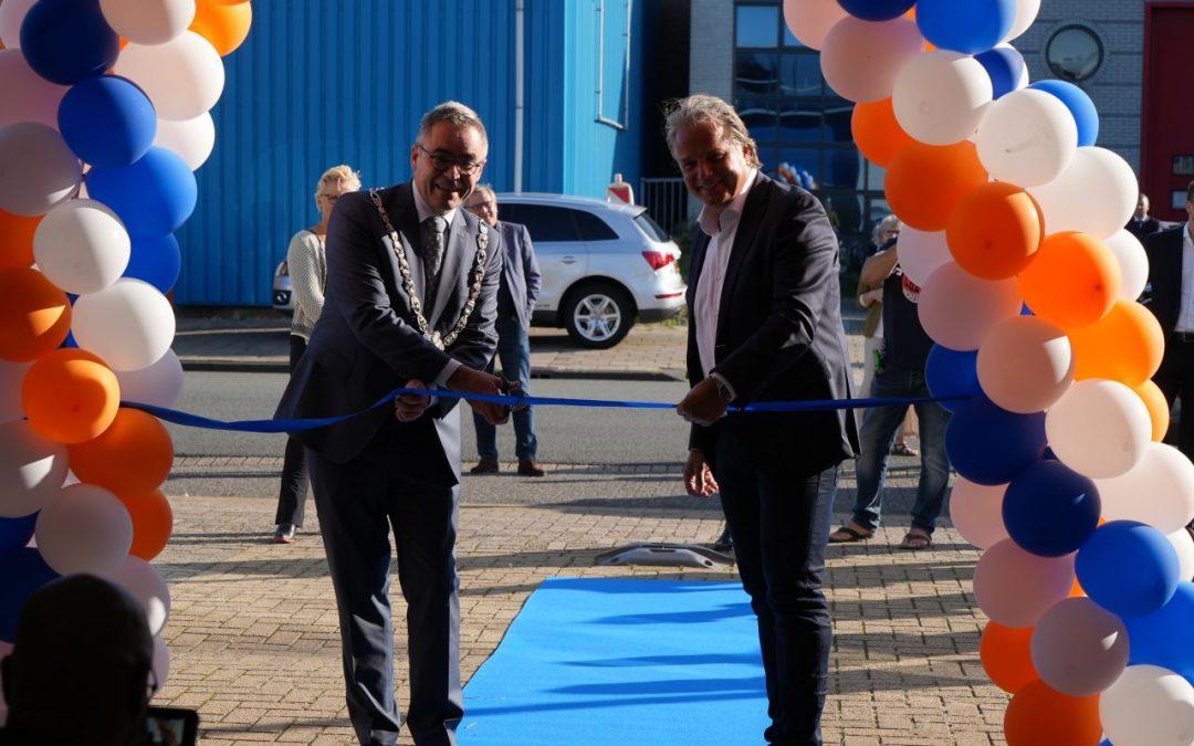 De HollandseMondKapjes fabriek officieel geopend